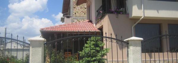 Еднофамилна жилищна сграда в град Каварна ID:233/09