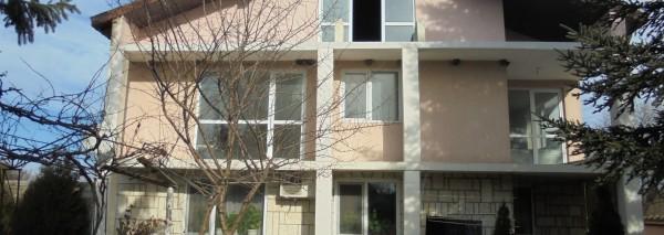 (Bulgarian) Къща с РЗП 159 кв.м., идентификатор 62092.501.53.1, с. Раковски, общ. Каварна, ID: 1321/19